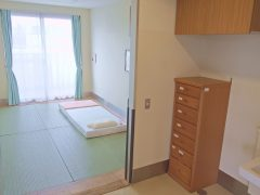 畳み敷きの居室も完備(数限りあり)