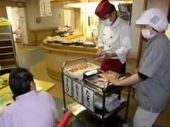 板前が目の前で握る、出張寿司