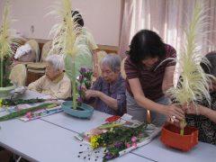 季節のお花で~華道クラブ
