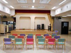 公演・行事用の大ホールを設置