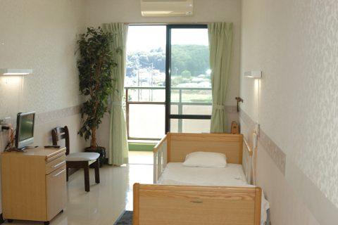 個室、全室テレビ電化製品設置可能
