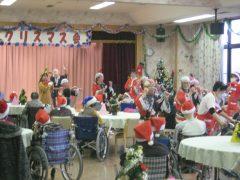 クリスマス会も賑やかです。