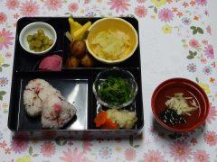 4月行事食 はなまる弁当(常食)