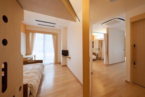 多床室には全室トイレと洗面所付き